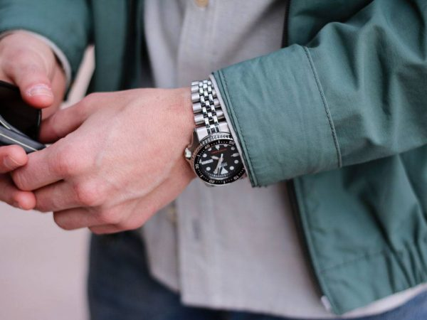 Top 10 Cool Watches for Teens [2021 UPDATED]